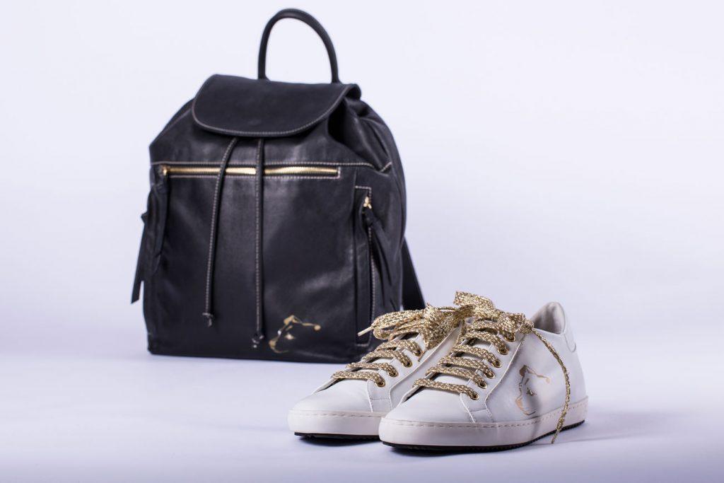 Stampa tampografica su scarpe e borse